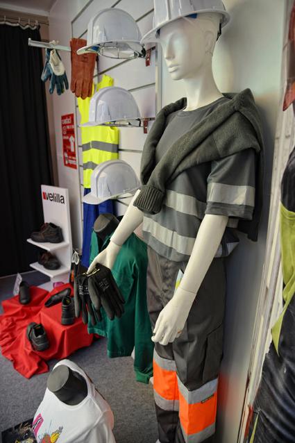 personalizar ropa laboral
